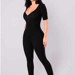 fashionova black jumpsuit